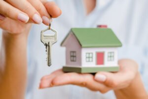 What Are The First Steps To Selling A House?